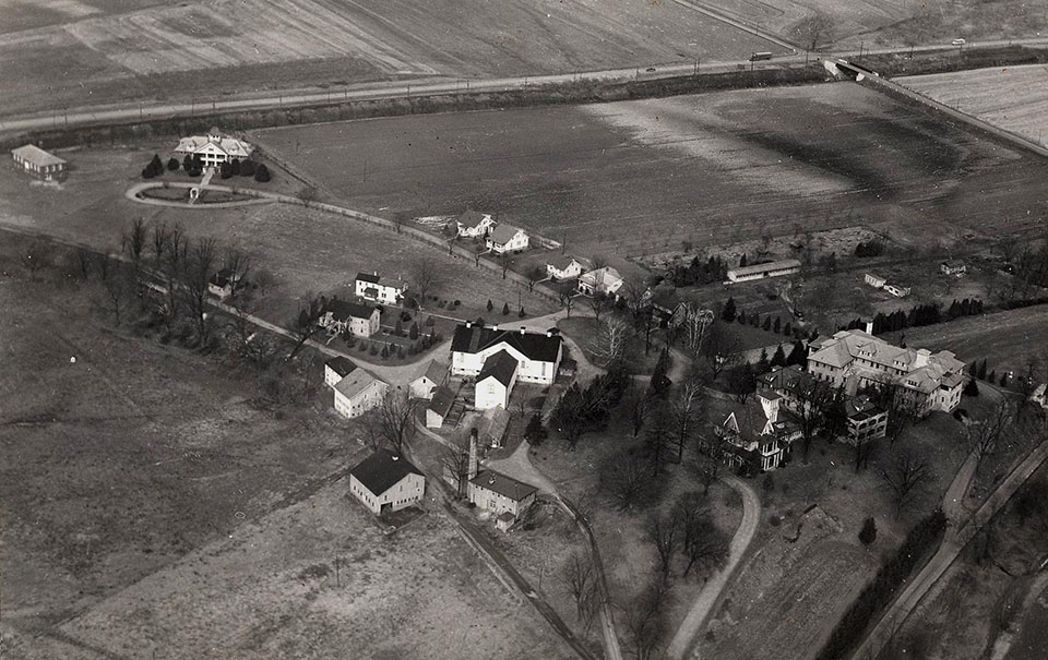 gallery-aerial-delta-place-1940